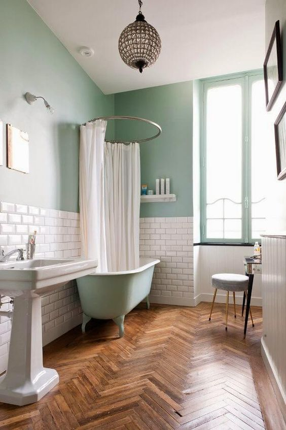 01-Adding Colour in Your Bathroom