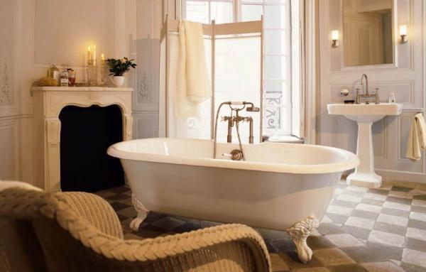 01-How to Create a Vintage Style Bathroom