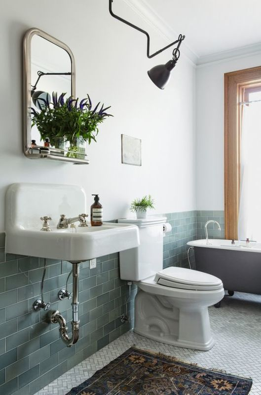 04-Inspiring You With Vintage-Style Bathrooms