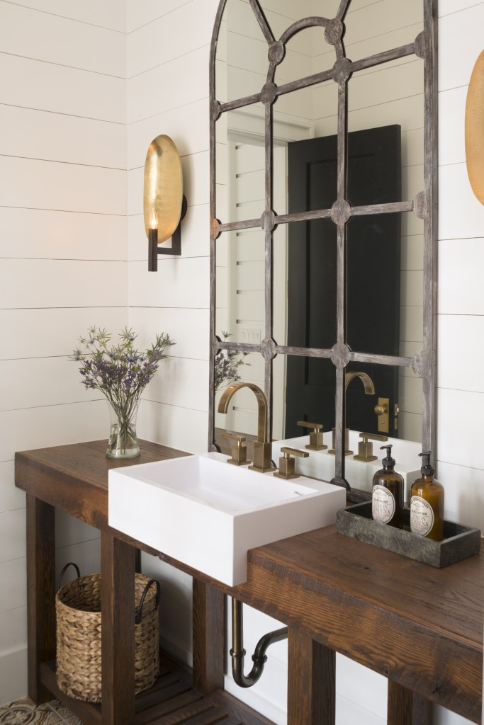 05-Beautiful Bathroom Mirrors