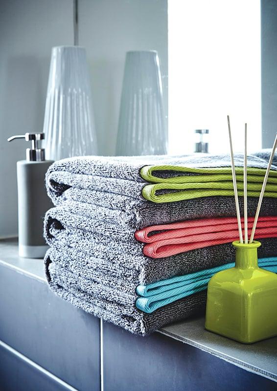 08-How to Introduce Colour into a Bathroom-1