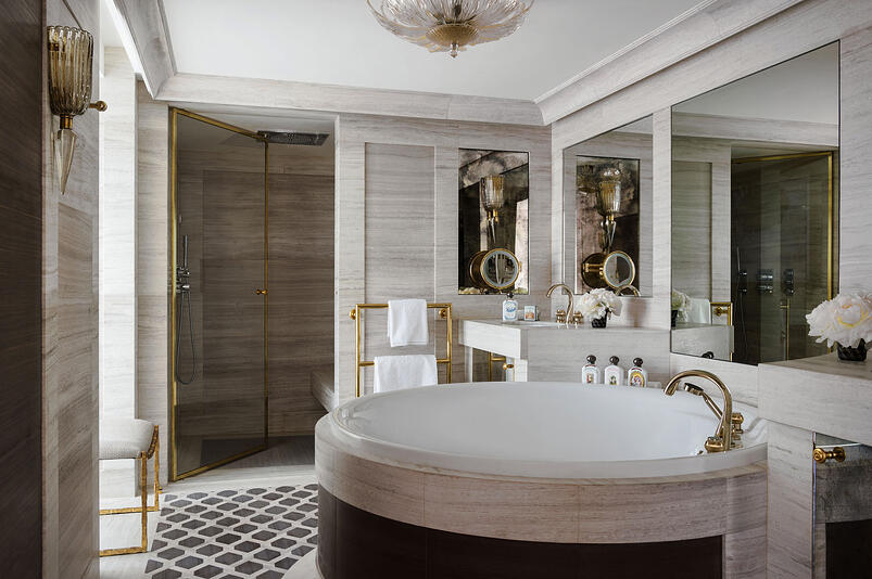 1-The Legendary Hotel de Crillon Equipped with THG Paris