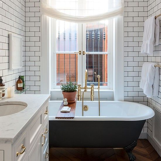 10-10 Gorgeous Urban Bathrooms