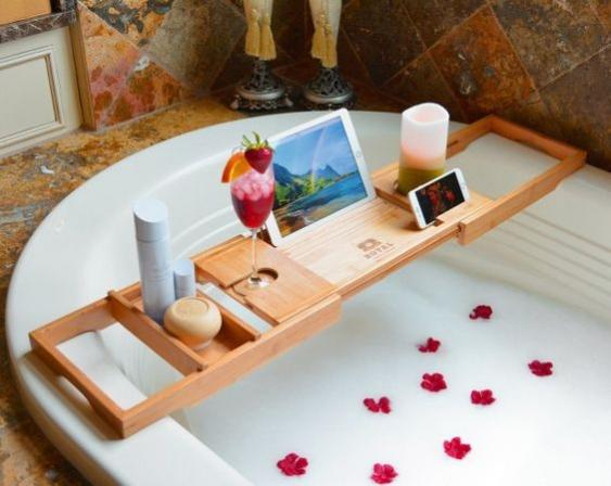 2-Must Have Luxury Bathroom Accessories-1