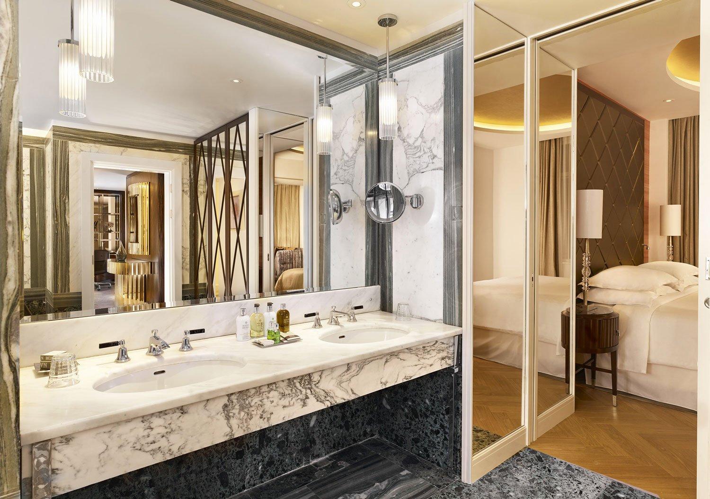 2-http_www_foamandbubbles_com_design-ideas-advice_luxury-sheraton-grand-hotel-refurbishment-featuring-grohe_