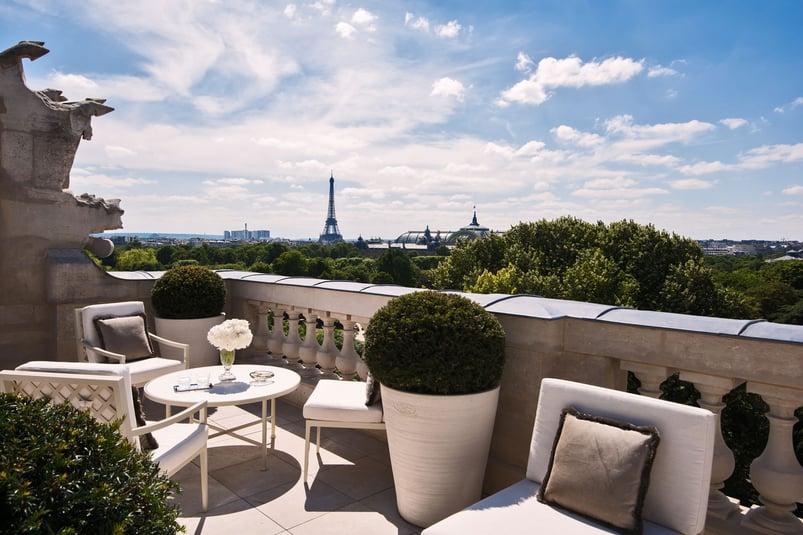 3-The Legendary Hotel de Crillon Equipped with THG Paris(1)