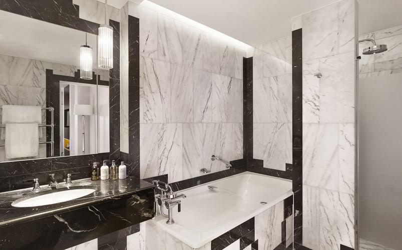 3-http_www_foamandbubbles_com_design-ideas-advice_luxury-sheraton-grand-hotel-refurbishment-featuring-grohe_
