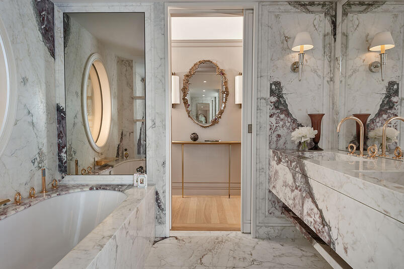 4-The Legendary Hotel de Crillon Equipped with THG Paris