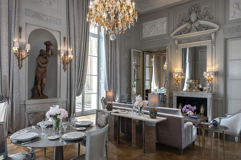 5-The Legendary Hotel de Crillon Equipped with THG Paris