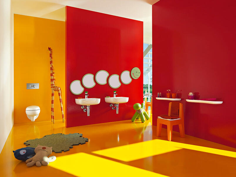 How-To-Childproof-The-Bathroom-&-Baby-Bath-Safety-Tips