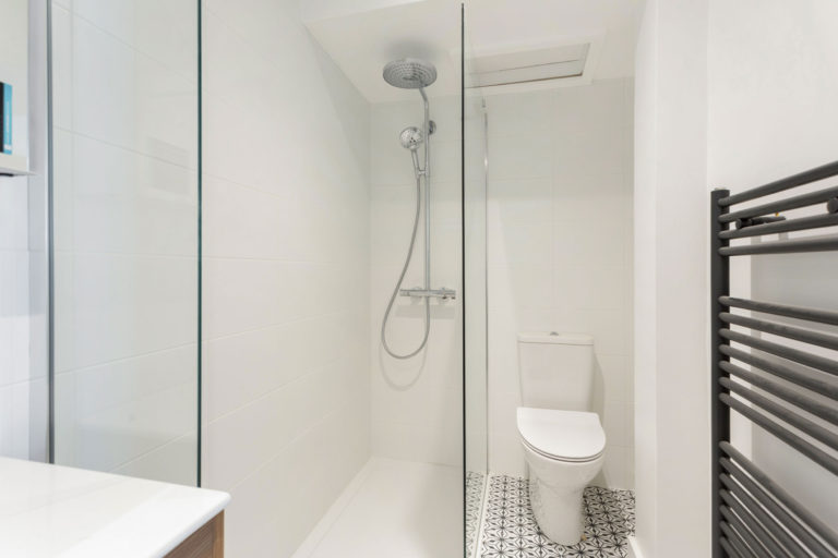 Kuldip-bathroom-11-1-768x512